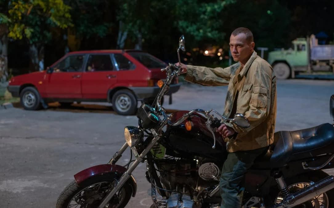 Мотоцикл из фильма Мир Дружба Жвачка-min